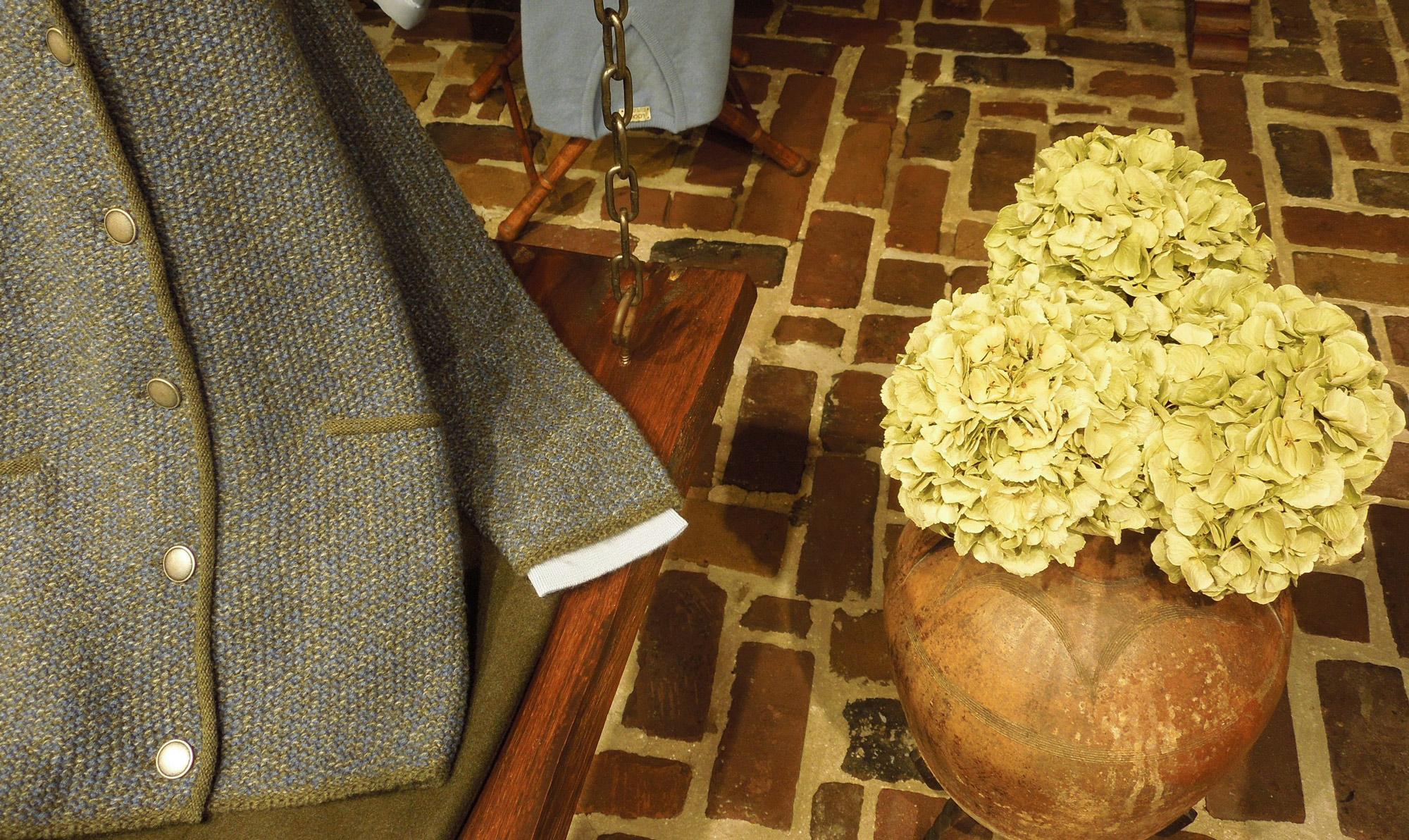 16 – Grijs Mosgroen vestje visgraat